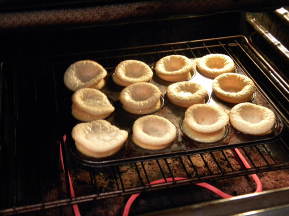 Shortcakes in the oven