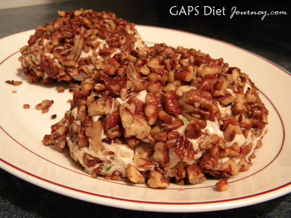 White Wine & Pecan Cashew Cheese Ball