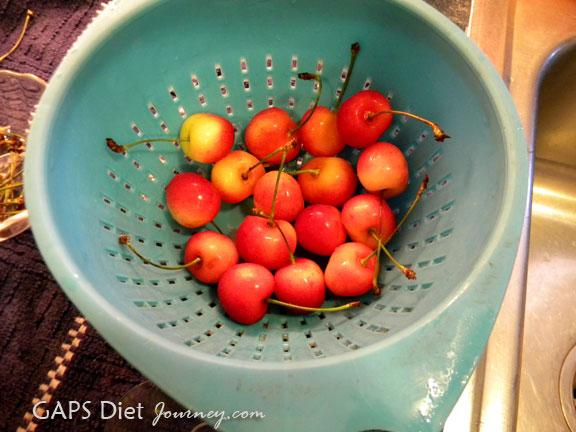 Whole Rainier Cherries