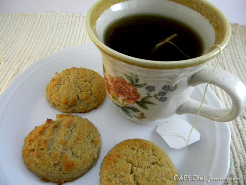 Sugar Cookies with Sweet & Spicy Tea